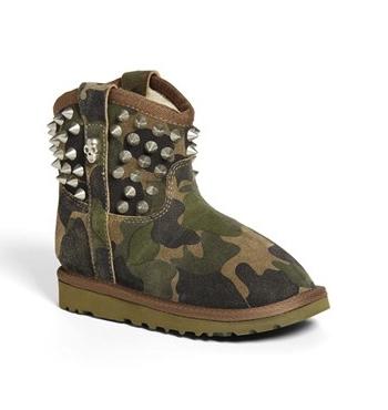 Ash camo boots