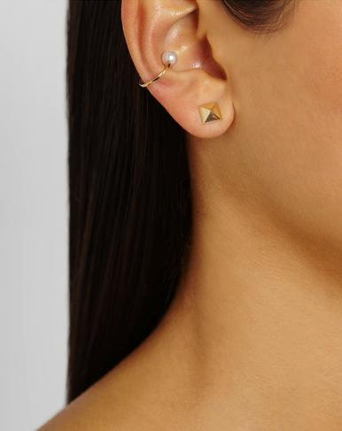 sophie bille brahe pearl earcuff