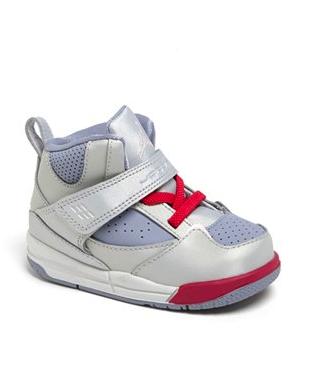 nike baby sneaker