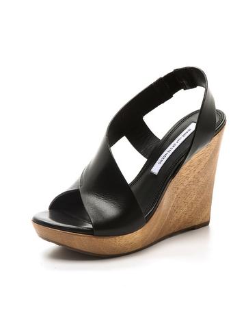 Diane von Fursternberg sandals