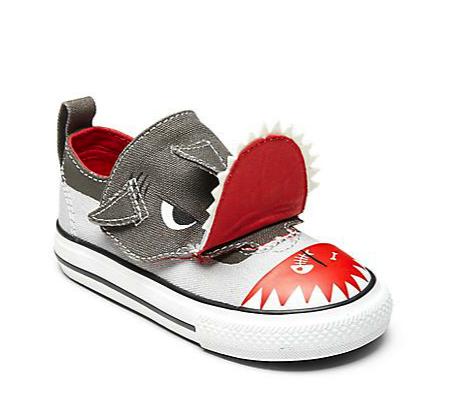 Converse shark sneaker