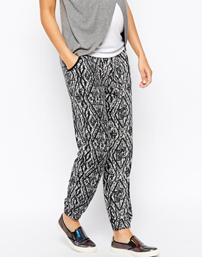 New Look maternity pants