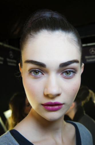 Fuller brows as seen on the Carolina Herrera runway (from vogue.com phot by: Mimi Ritzen Crawford)