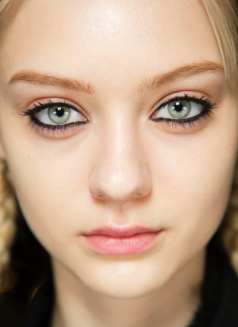 Full rim liner at Marc by Marc Jacob's fall 2014 collection (from style.com photo by: Sonny Vandervelde)