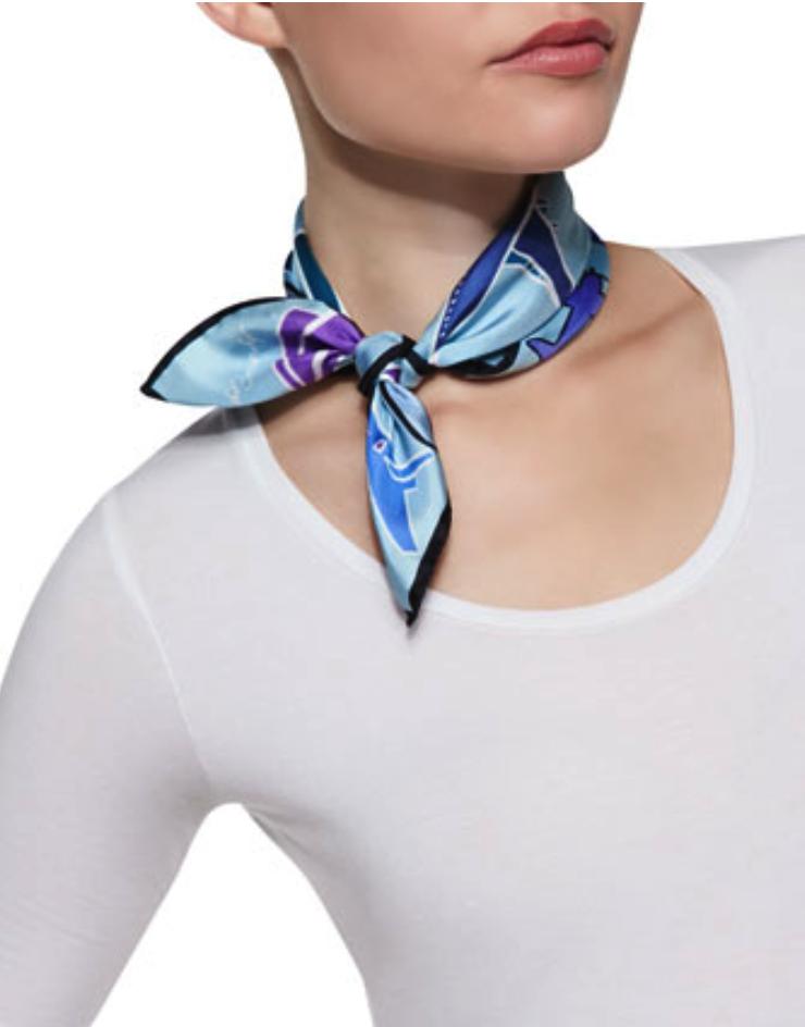 Anna Coroneo scarf